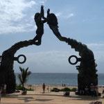 am Hafen von Playa del Carmen ...