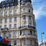 und immer wieder hübsche Bürgerhäuser mit schönen Fassaden