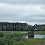 Eisenbahnbrücke unterwegs