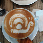 später ein Kaffee-Latte im Einkaufszentrum
