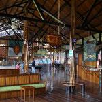 Eingangshalle fúr Bar, Restaurant und Rezeption