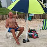 neue Errungenschaften! Schirm und Stühle