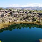 """die unterirdische Quelle versiegt nie und das """"Wasserloch"""" wurde mehr als 100 Jahre umwohnt!"""
