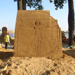 Thema: Masterpice of the World.  Vitruvian Man. 2011 St. Petersburg/ Russland