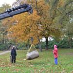 27.10.2011 die Steine werden an die endgültigen Standorte gesetzt