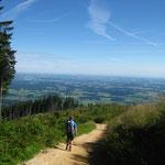 """Gemütliche Wanderung auf unseren Hausberg """"Teisenberg"""" (man kann den Waginger- und Tachinger-See erkennen)"""