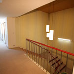 階段から2階廊下