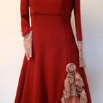 Kleid mit Unterrock