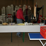 Reinhold und Dieter übernehmen das Catering