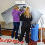 Müden Reinigung GmbH® Filialen, Bilder & Impressionen, Filiale Güdingen, Hemdenkabinett Einweisung