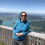 """""""Gipfelfoto"""" bei der Hütte 😅 (Radler muss sein 🍺)"""