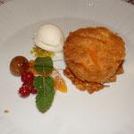süßer Kürbiskuchen mit Fior d´Latte Eis und Florentinerkrokant