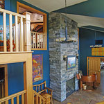 The Guesthouse Lodge - Restaurant, Lounge, Billiards, Fireplaces and Relaxation!