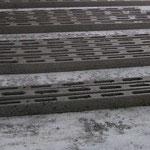Vibroformatrice per architravi, cunicoli copricavi, pali da vigna e canalette scorri acqua.