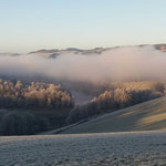 Natourzeiten - Winterlandschaft, Hennesee im Dunst