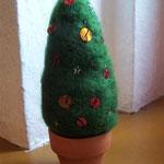Weihnachtebaum bestickt