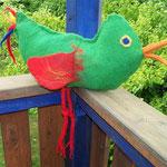 robuster Vogel zum Spielen