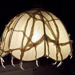 Lampe mit Filzgitter
