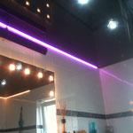 Spanndecke schwarz mit indirekter LED RGB Beleuchtung