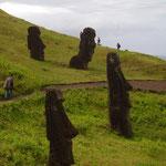 Ranu Raraku - Moai an jedem Weg - die perfekten Fotomotive - Verlängerungsaufenthalt auf der Osterinsel