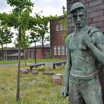 Denkmal auf dem Gelände der ehemaligen Zeche Minister Stein in Dortmund-Eving für die Opfer mehrerer Grubenunglücke mit mehr als 200 Opfern