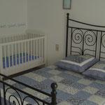 chambre bleue/lit bébé