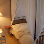 Chambres d'hôtes Le Pré Joli à Cancon - Chambre claire, et romantique
