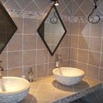 Le Pré Joli à Cancon - L'une des salles de bains
