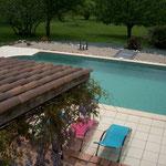 Le Pré Joli à Cancon - Vue piscine