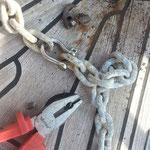 54 m Ankerkette, bei 25 m korruptes Ersatzglied entdeckt!