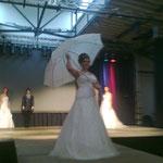 Brautkleid - Brautstudio Elena, Brautschirm - Anja H,
