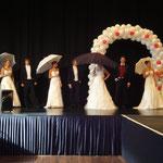 Hochzeitsmesse Köln-Gürzenich Oktober 2011 (Agentur Janke), Brautkleid Brautkultur, Anzug Anzugkultur, Schirme Anja H., Foto Anja H.