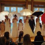 Hochzeitsmesse Bayer Kasino Leverkusen Januar 2012(Agentur Janke), Brautkleid  - Brautkultur, Herrenanzug - Anzugkultur, Brautschirm - Anja H.