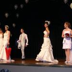 Hochzeitsmesse Jahnbachhalle Lohmar Februar 2012 (Veranstalter Agentur Janke),Brautkleider - Brautmode Ester, Brautschirme - Anja H.