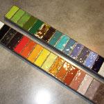 Des dizaines de couleurs d'émaux existent, un régal pour les yeux ...