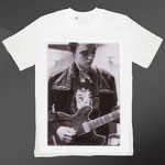 PETER DOHERTY WEARS PETER DOHERTY - PRINT ON TSHIRT ANNE M MCCLOY 2010