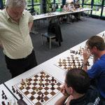 Simultanturnier mit GM Artur Jussupow, LGA Nürnberg, 4.6.2011