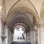 Bild: Der Dogenpalast am Markusplatz in Venedig - Foto 4