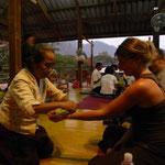 Petite cérémonie chamanique au sanctuaire
