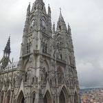 Basilique de Quito dans le centre historique