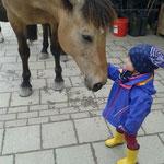 Pawel mit kleinem Fan :-)