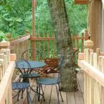 cabanes dans les arbres  terrase