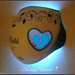 Bauchabdruck mit eingearbeitetem Herz-Rahmen...