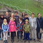 Die Gruppe am Eingang der Tierauffangstation