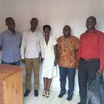 Photo avec les agents de l'AFROKIDS International après une réunion