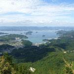 神峰山から見える大崎地区と前方は安芸津町