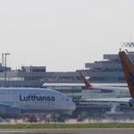 Erste Landung eines Airbus A380 auf dem Konrad-Adenauer-Flughafen Köln/Bonn