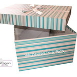 Brautkleidbox - Blue Stripes von www.weddinginabox.de