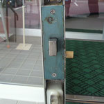 自動ドア用錠取替え工事