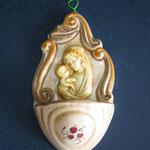 """36B - Acquasantiera in ceramica stile Luca della Robbia """"Madonna con Bambino""""28B - Acquasantiera in ceramica"""